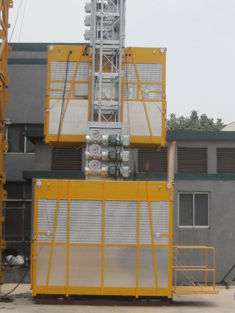 Custom SC200 Twin Cage Construction Material Hoists 3200kg 4.2 x 1.5 x 2.5m